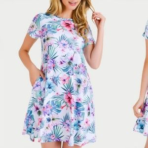 Dresses & Skirts - White Hibiscus Printed Flare Dress
